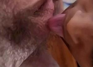 Nicht deepthroat neef